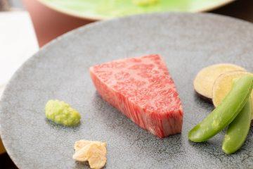 黒毛和牛ステーキ~山葵と再仕込醤油で~